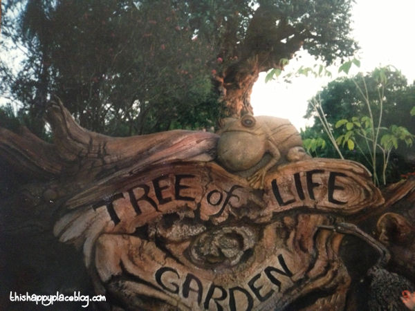 Animal Kingdom 1998 Tree of Life Garden