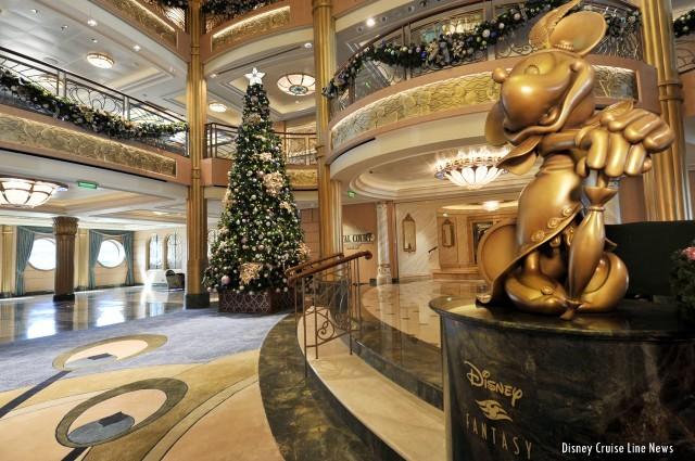 Holiday Decor on Disney Cruise Line 2013