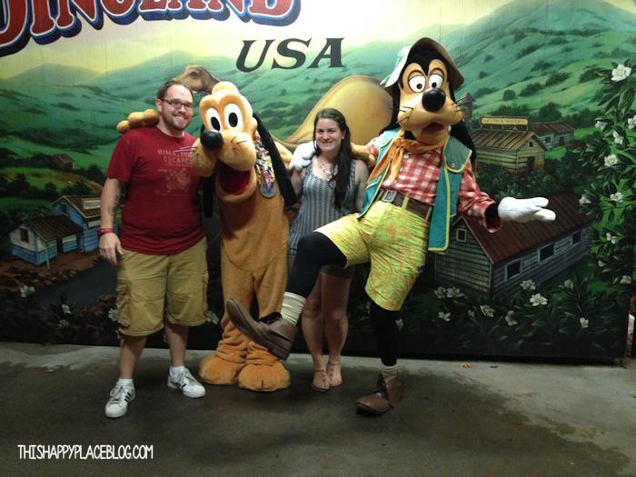 Goofy and Pluto in Animal Kingdom Dinoland USA