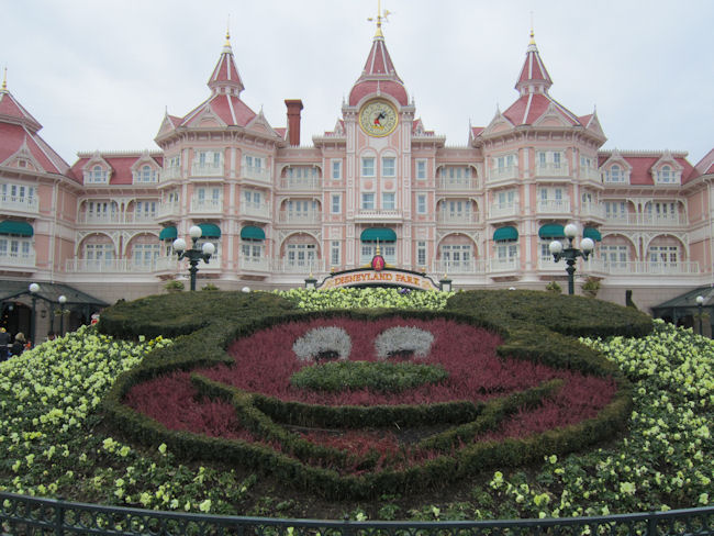Fantasia Gardens Disneyland Paris 5